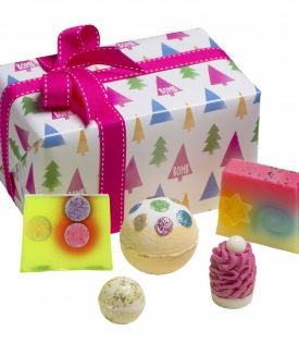 Bomb Cosmetics Christmas Tree Gift Box